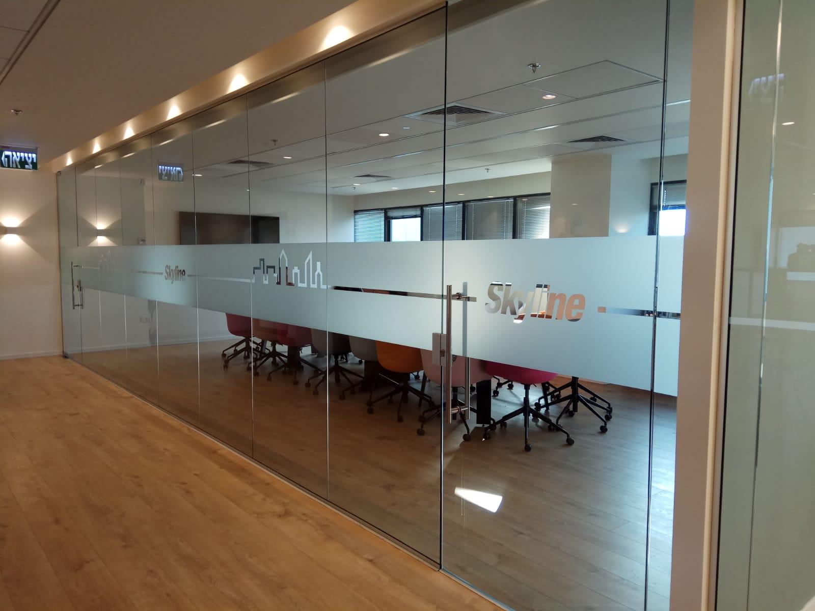 תכנון משרדי חברת SKYLINE